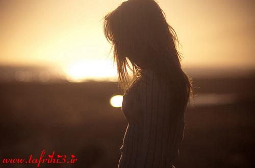 تصاویر عاشقانه و احساسی خاص از تنهایی دختران