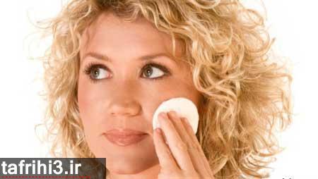 ۷ روش ساخت مواد پاک کننده صورت خانگی